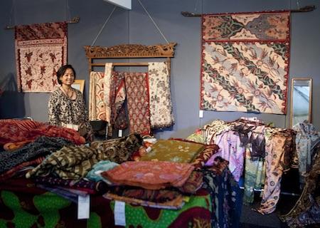 Originele cadeaus uit Zuidoost-Azie vind je op de Tong Tong Fair in Den Haag